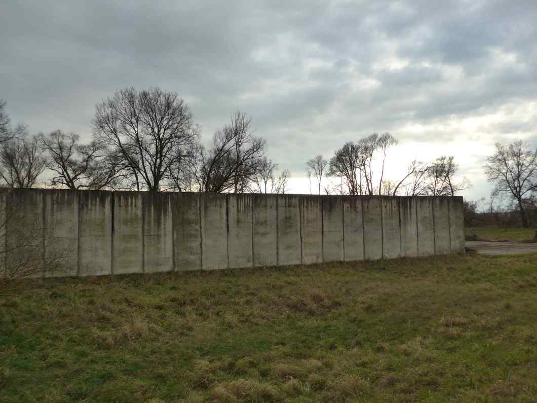 Een stuk Berlijnse Muur in voormalig 'Oost-Duitsland'